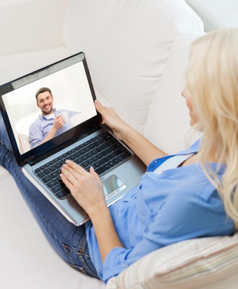 Online Dating Tips for Single Moms
